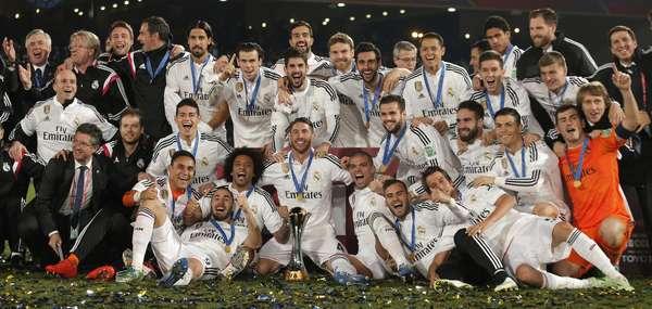 Real Madrid fez festa com título mundial sobre San Lorenzo.