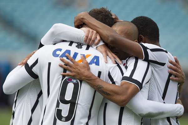 Corinthians mostrou bom futebol na vitória por 2 a 1 sobre o Bayer Leverkusen em partida da Florida Cup