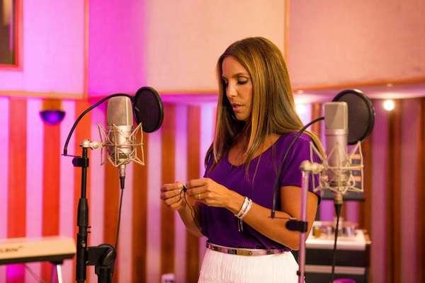 Veja o making of da gravação do single de Ivete e Claudia