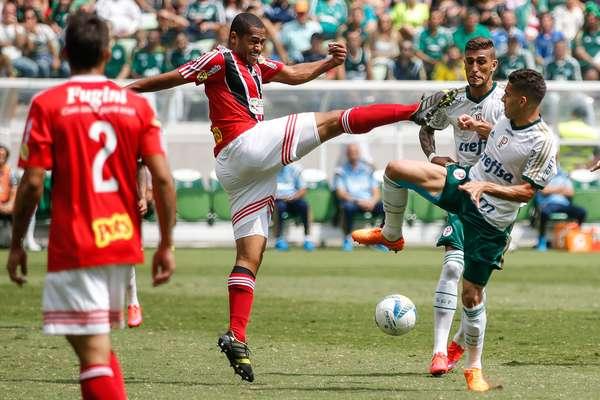 Palmeiras foi melhor no primeiro tempo