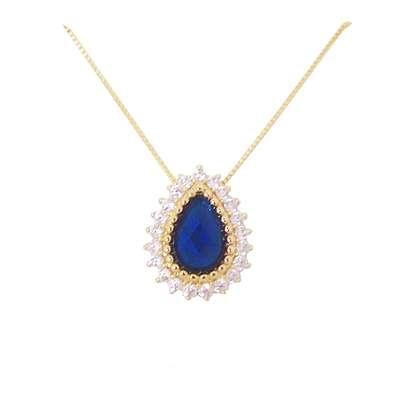 Gargantilha folheada a ouro 18k, com micro zircônias brancas e cristal azul. Da Letícia Bidigaray. Por R$ 164,95 (à vista) ou em até 12 vezes de R$ 13,75. SAC: (51) 35573157