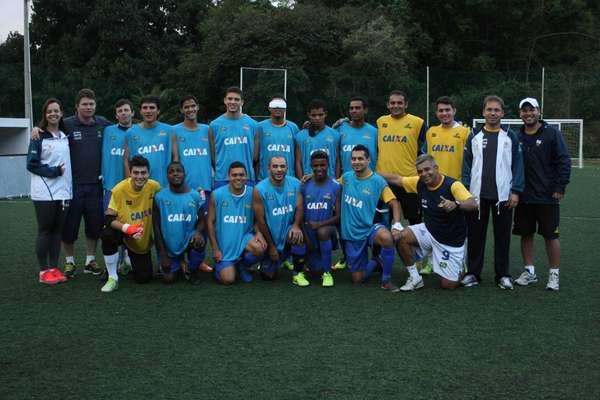 Veja imagens da preparação da Seleção de futebol de cegos