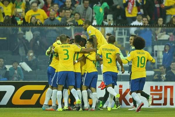 Brasil saiu na frente logo no início do confornto