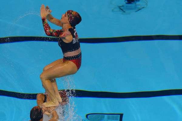 Brasileiras do nado sincronizado fizeram apresentação cheia de atitude no Pan Am Aquatics Centre, em Toronto, nesta quinta-feira