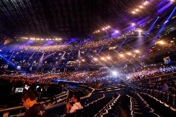 O Pan-Americano se despediu de Toronto neste domingo em cerimônia realizada no Roger's Centre com shows de Serena Ryder, Pitbull e Kanye West