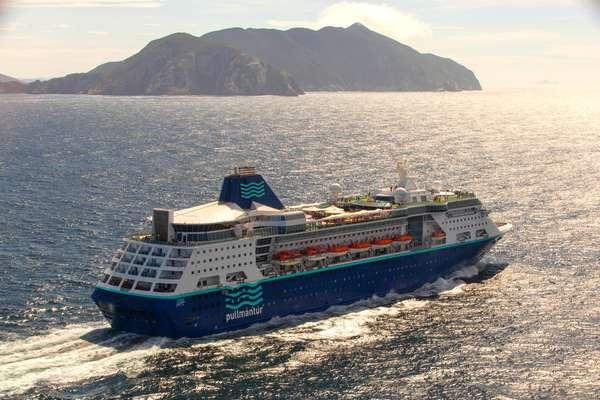 O Empress começa a temporada brasileira, com cruzeiro de três noites na região sudeste, de Santos para Búzios e Ilhabela