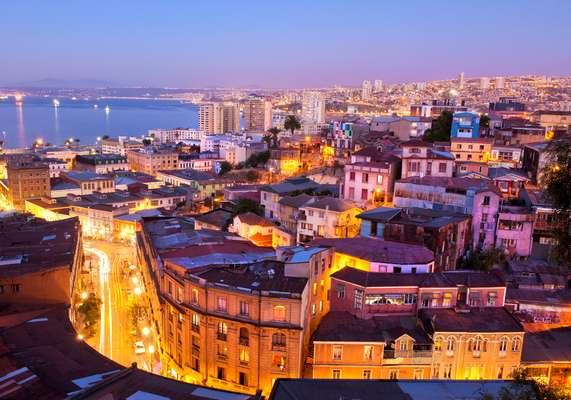Valparaíso possui diversos morros de onde se tem uma visão privilegiada da cidade