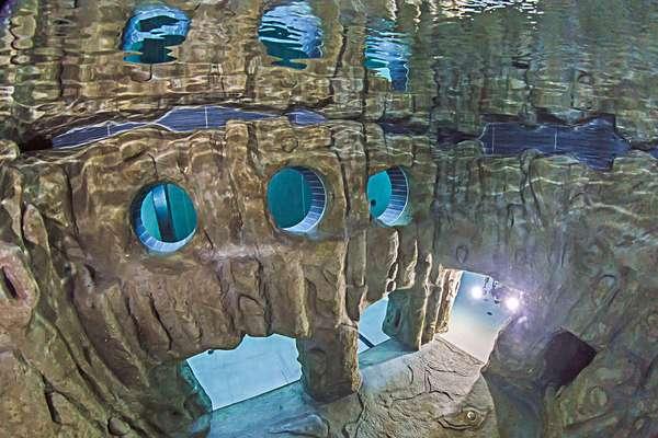 39 y 40 39 la piscina m s profunda del mundo en fotos for Y 40 piscina