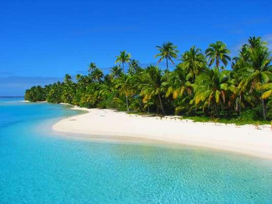 As Ilhas Cook são um estado semi-independente, atualmente em livre associação com a Nova Zelândia