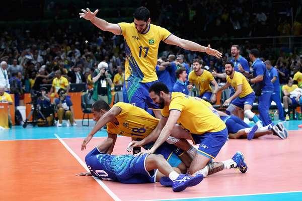 Brasil é ouro no vôlei masculino da Rio 2016