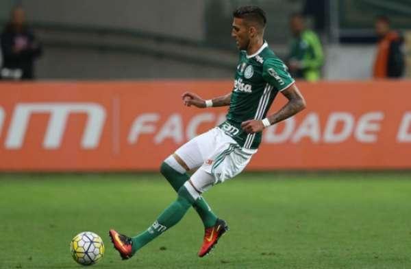 Rafael Marques em ação pelo Palmeiras