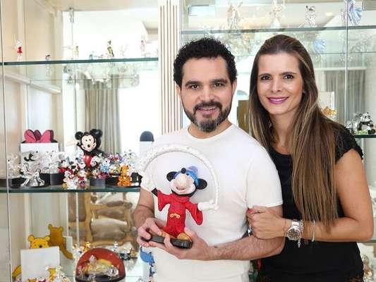 Luciano Camargo revelou onde pretende renovar os votos de casamento com a mulher, Flávia Fonseca: 'Na Disney'