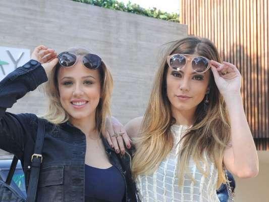 Camila (Bruna Hamú) e Jéssica (Marcella Rica) vão se tornar garotas de programa, nos próximos capítulos da novela 'A Lei do Amor'