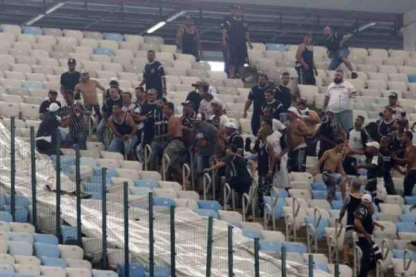 Torcedores foram detidos após briga com PM no Maracanã