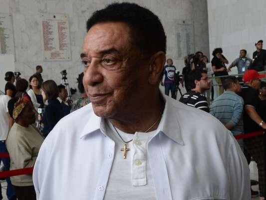 Agnaldo Timóteo é hospitalizado após princípio de infarto: 'Sem previsão de alta'