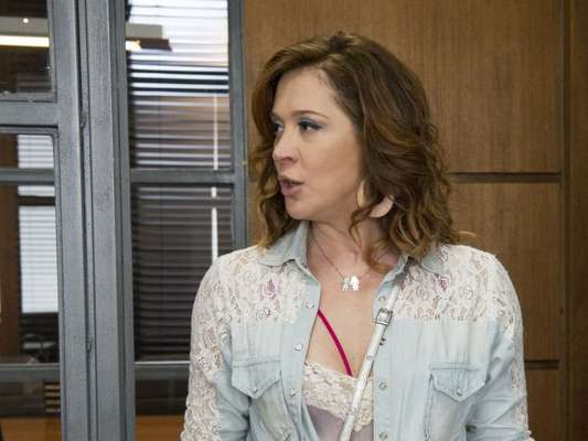 Salete (Claudia Raia) vai ser ameaçada nos próximos capítulos de 'A Lei do Amor'