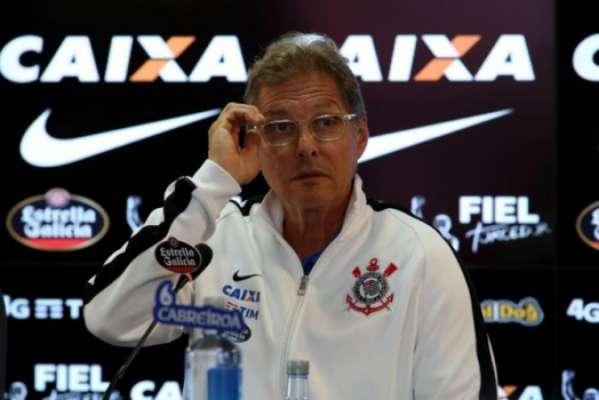 Oswaldo de Oliveira foi contratado pelo Corinthians há dois meses