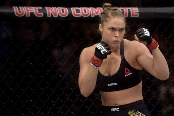 Ronda é ex-campeã peso galo do UFC
