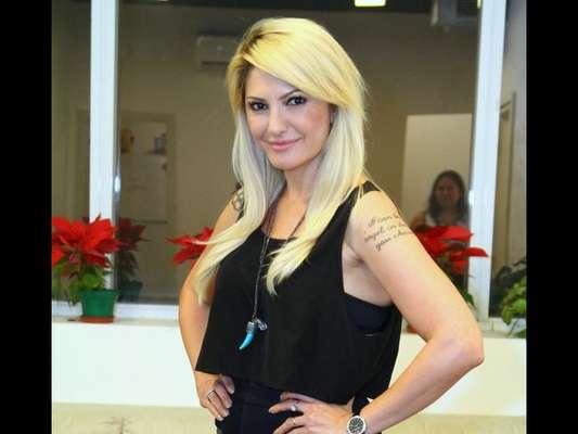 Antonia Fontenelle faz balanço de fim de ano nas redes sociais e conta que perdoou 'alguns chifres', em 31 de dezembro de 2016
