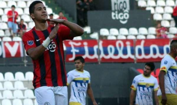 Cecílio Domínguez, do Cerro Porteño, é um dos alvos do Flamengo