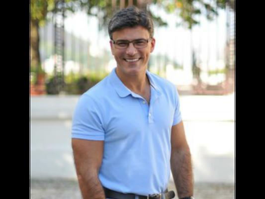 Leonardo Vieira revela homossexualidade após ataques homofóbicos nas redes sociais, nesta segunda-feira, dia 09 de janeiro de 2017