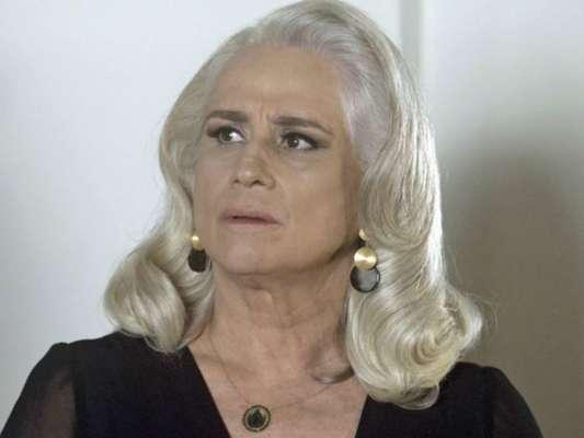 Magnólia (Vera Holtz) se revolta contra o testamento de Fausto (Tarcísio Meira), na novela 'A Lei do Amor', em janeiro de 2017