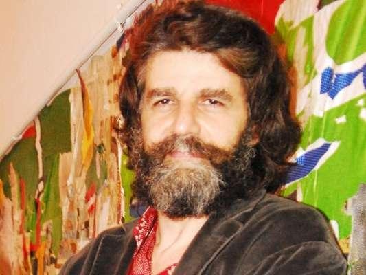 Luiz Fernando Carvalho, diretor de 'Dois Irmãos', foi acusado por contrarrega de agredir assistente de figurinismo com chutes, diz o colunista Leo Dias, do jornal 'O Dia', nesta quarta-feira, 11 de janeiro de 2017