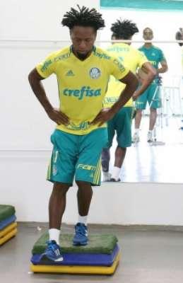 Zé Roberto, com 42 anos, é o mais velho da Série A