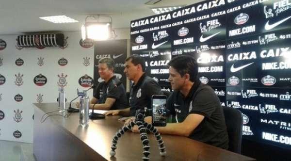 Fabio Carille apresentou nova comissão técnica