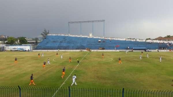 Debaixo de chuva, Portuguesa-RJ e Nova Iguaçu ficaram no zero na primeira rodada do Campeonato Carioca