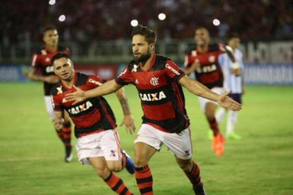 Diego fez o oitavo gol dele pelo Flamengo