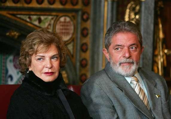 Marisa Letícia casou-se com Lula em 1974 e foi uma primeira-dama discreta nos oito anos de presidência