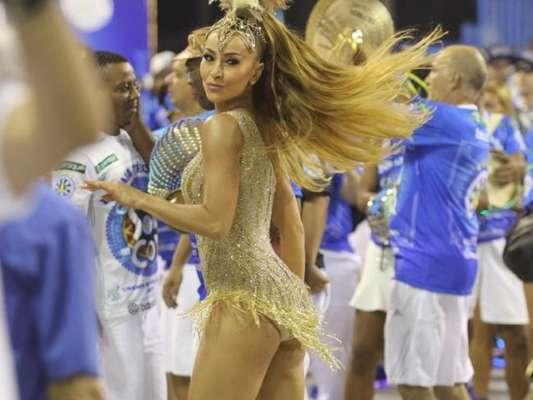 Sabrina Sato brilhou no ensaio técnico da Vila Isabel, que aconteceu neste domingo, 5 de fevereiro de 2017, na Marquês de Sapucaí, no Rio