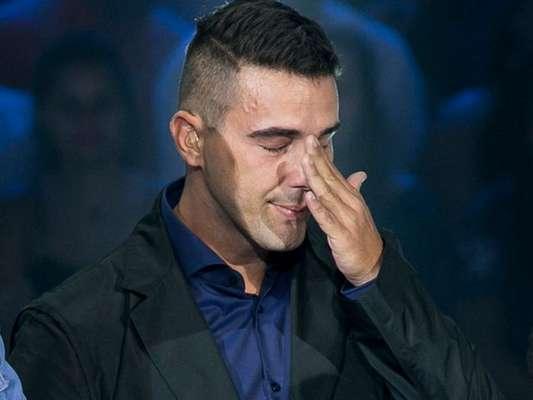 André Marques não segurou a emoção e caiu no choro durante o 'The Voice Kids', no dia 19 de fevereiro de 2017