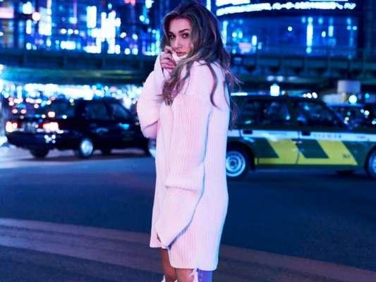 Sasha Meneghel exibe, poderosa como modelo, criações para marca em fotos divulgadas nesta terça-feira, dia 21 de fevereiro de 2017