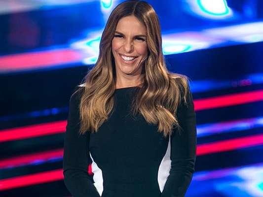 Ivete Sangalo transformou um vestido em viral após surgir com o modelito no 'The Voice Kids', em programa que foi ao ar no dia 29/01