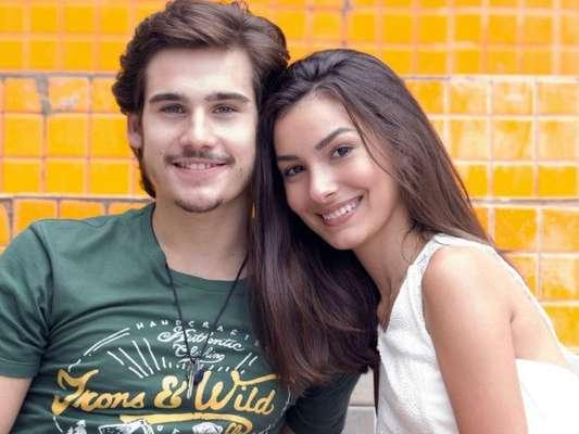 Yasmin (Marina Moschen) enfrenta a fúria da mãe e de Léo (Rafael Vitti) para ficar com Zac (Nicolas Prattes), na novela 'Rock Story', a partir de 6 de março de 2017