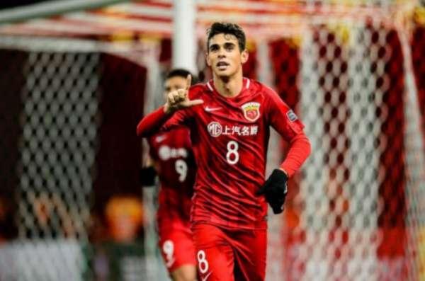 Oscar foi contratado pelo Shangai SIPG