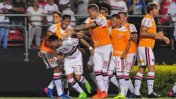 São Paulo venceu o ABC no Morumbi por 3 a 1 e pode perder por um gol de diferença para se classificar