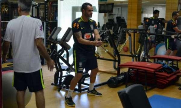 Renato Augusto treina no CT da Barra Funda, do São Paulo