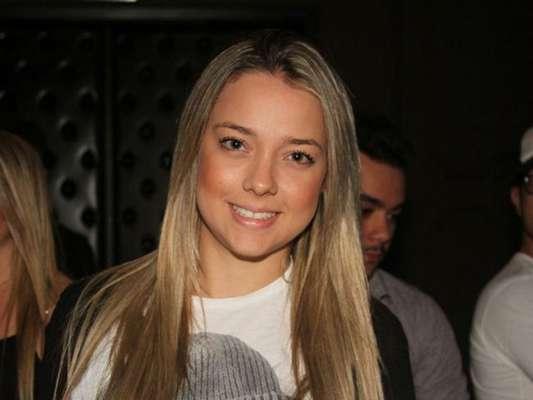 Carol Dantas, mãe de filho de Neymar, assumiu o namoro publicamente com o chef João Alcântara