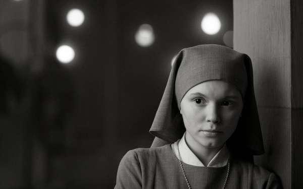 Às vésperas de assumir seus votos como freira, Anna descobre revelações impressionantes de seu passado, atado à Polônia nos anos de dominação nazista. Vencedor do Oscar 2015 de melhor filme estrangeiro.