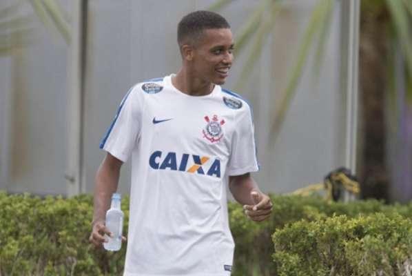 Pedrinho foi promovido no Corinthians após se destacar na Copinha