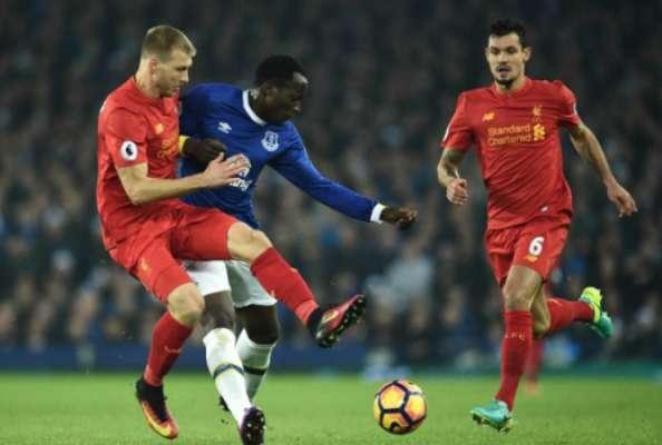 1/4 - 8h30 Liverpool x Everton: O clássico da cidade de Liverpool é um confronto direto na luta por vagas nos torneios europeus