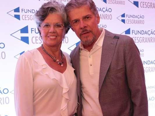 Vera Fajardo anunciou que não vai se separar de José Mayer após a denúncia de assédio sexual contra o ator