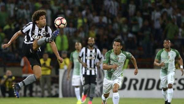 Confira as imagens da vitória do Botafogo sobre o Atlético Nacional