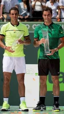 7h30 - TÊNIS: A primeira rodada do Masters 100 de Monte Carlo fará os amantes do tênis acordarem muito cedo. O SporTV 3 transmite