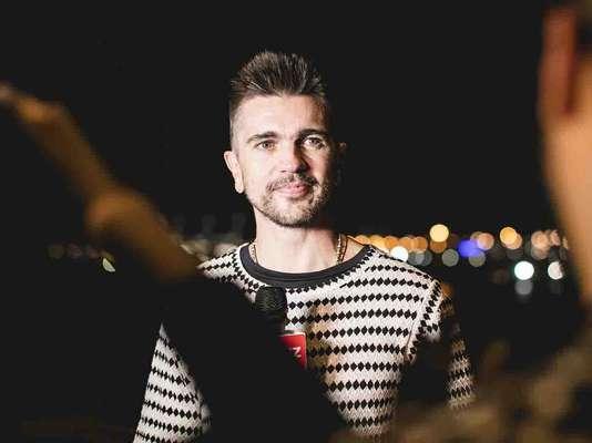 Juanes presentó su álbum visual y compartió de cerca con fans en Hispanicize 2017.
