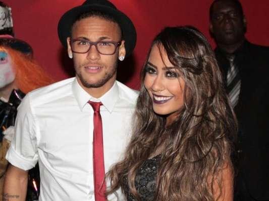 Neymar chora por desclassificação do Barcelona e irmã consola em postagem nesta quarta-feira, dia 19 de abril de 2017