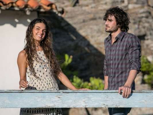 Ritinha (Isis Valverde) faz Ruy (Fiuk) perceber que a ama, e ele decide se casar com ela, na novela 'A Força do Querer', em 2 de maio de 2017